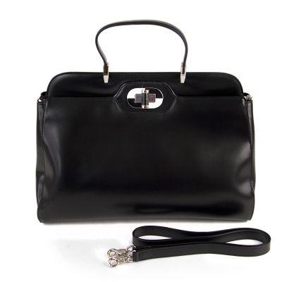 DISSONA.  Кожаная сумка. современность. удобная женская сумка с большим...